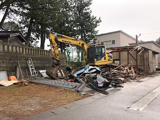 賛否、解体 Casestudy 02. 活用するつもりだったが諸条件を加味し、建物を解体し、新築した。